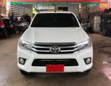 2017 Toyota Hilux Revo 2.8G 4WD ออกรถ 0 บาท
