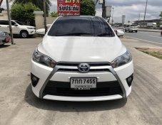 2015 Toyota YARIS E hatchback