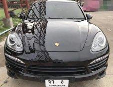 2013 Porsche CAYENNE S Hybrid hatchback