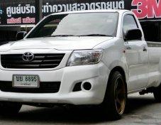 Toyota Vigo 2.7 เบนซิน ปี 2012 ฟรีดาวน์ครับ