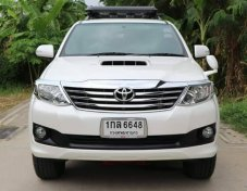 TOYOTA FORTUNER 3.0 V 2WD ปี2013 suv
