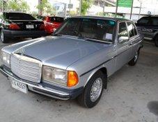 1985 MERCEDES-BENZ 240D สภาพดี