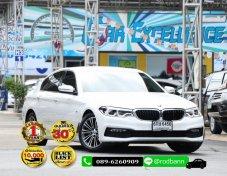 2017 BMW SERIES 5 520d sedan ฟรีดาว์ทุกคัน