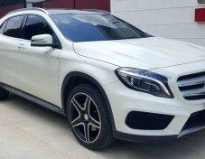 Mercedes-Benz Gla250 ปี 2016