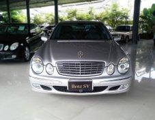 Mercedes-Benz E220  ปี 2005