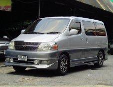 2000 TOYOTA Granvia รับประกันใช้ดี
