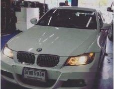 รถสวย ใช้ดี BMW 325i รถเก๋ง 4 ประตู