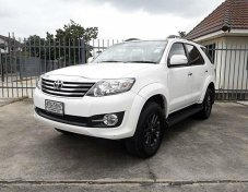 TOYOTA FORTUNER 2.7V / AT / ปี 2015