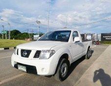 2009 Nissan Frontier Navara SE pickup