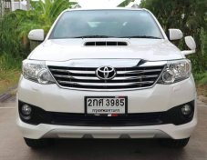TOYOTA FORTUNER 3.0 V 4WD TRD ปี2013 suv
