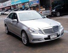 BENZ E200  2012