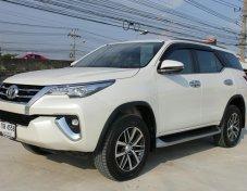 Toyota Fortuner 2.4 V  ปี2017 (ปลายปี)