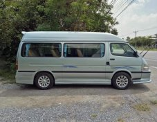 2001 Toyota COMMUTER STD van