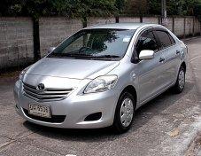 Toyota Vios 1.5 J ปี10 สีเทา เกียร์ธรรมดาขับสนุก รถมือเดียวภายในสวยไม่มีอุบัติเหตุเครื่องดีช่วงล่างพร้อมแอร์เย็นเล่มพร้อมโอน