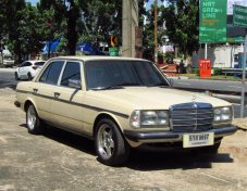 รถสวย ใช้ดี MERCEDES-BENZ 230E รถเก๋ง 4 ประตู