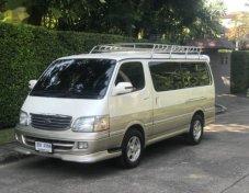 2002 TOYOTA Grand Wagon รับประกันใช้ดี