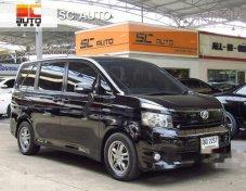 ขายรถ TOYOTA Voxy AZR60G 2011