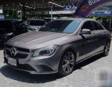 2015 Mercedes-Benz CLA180 Urban sedan