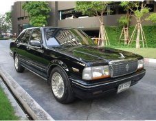 1995 NISSAN CEDRIC รถเก๋ง 4 ประตู สวยสุดๆ