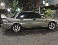 1991 Mitsubishi Galant sedan
