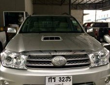TOYOTA FORTUNER 3.0 V 4WD ปี2005 suv