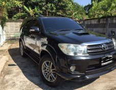TOYOTA FORTUNER 3.0 V 2WD ปี2011 suv