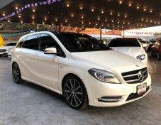 Mercedes-Benz B180 ปี/Year: 2012