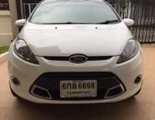 ขายรถบ้าน Ford Fiesta 1.5 cc สีขาว 5 ประตู เลขไมล์ 49,800  ขาย 300,000.-