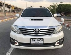 TOYOTA Fortuner 3.0V 4WD TRD AT ปี2013
