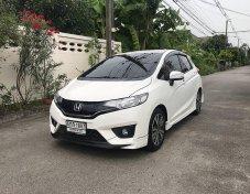 2016 Honda JAZZ SV+ sedan