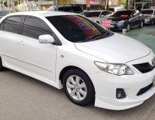 Toyota Altis 1.8 E –AT ปี 13 สีขาว