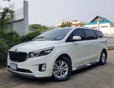 2016 Kia Grand Carnival Touring van