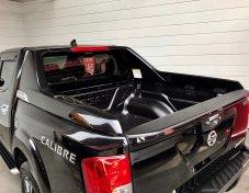 Nissan NP 300 Navara 2.5 DOUBLE CAB Calibre Sportech Pickup AT