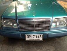 1994 Mercedes-Benz E220 Executive sedan