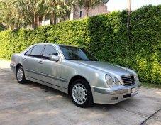 1999 Mercedes-Benz E240 Elegance sedan