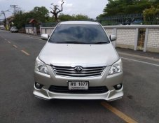 2011 TOYOTA INNOVA 2.0 V Wagon AT