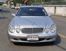 2003 Mercedes-Benz E200 Elegance sedan