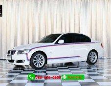 2009 BMW 320i SE sedan  พิเศษออกรถหมื่นเดียว