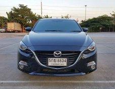 2016 Mazda 3  2.0 S sport Auto สีดำ