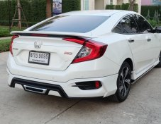 2017 Honda CIVIC turboRS sedan