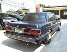 รถสวย ใช้ดี TOYOTA Crown รถเก๋ง 4 ประตู