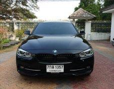 BMW 330e Sport 2018 สีดำ  ราคาออกศูนย์ German Auto 2,429,000 ขายแค่ 1,990,000  รถไม่ถึงครึ่งปีวิ่งไม่ถึงหมื่นโล ลดราคาเกือบครึ่งล้าน ของแถมให้อีกร่วมแสน ถูกมากครับ