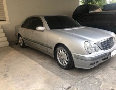 2002 MERCEDES-BENZ E240 สภาพดี