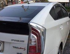 Toyota Prius hybrid รถบ้านมือเดียวดูแลอย่างดี