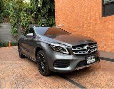 รถสวย ใช้ดี MERCEDES-BENZ GLA250 suv