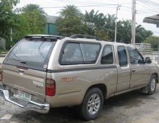 2004 Toyota HILUX TIGER D4D  2.5 E