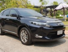 2014 TOYOTA HARRIER รับประกันใช้ดี