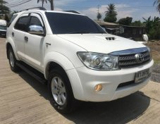 TOYOTA FORTUNER 3.0 V 4WD TOP ปี2006 สีขาว