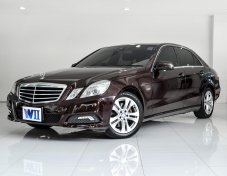 2010 Mercedes-Benz E250 CGI Avantgarde sedan