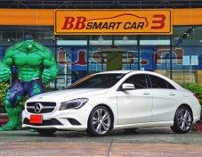 Mercedes-Benz CLA180  2015